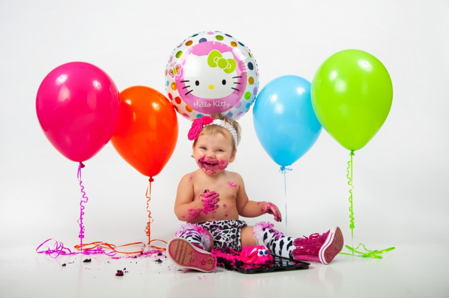 Cake smash photography session in Conroe